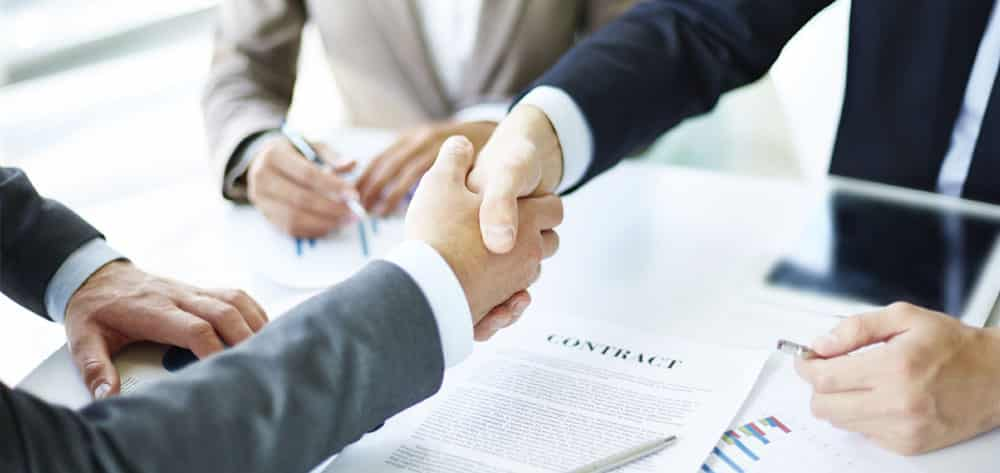 What to consider before signing a franchise agreement